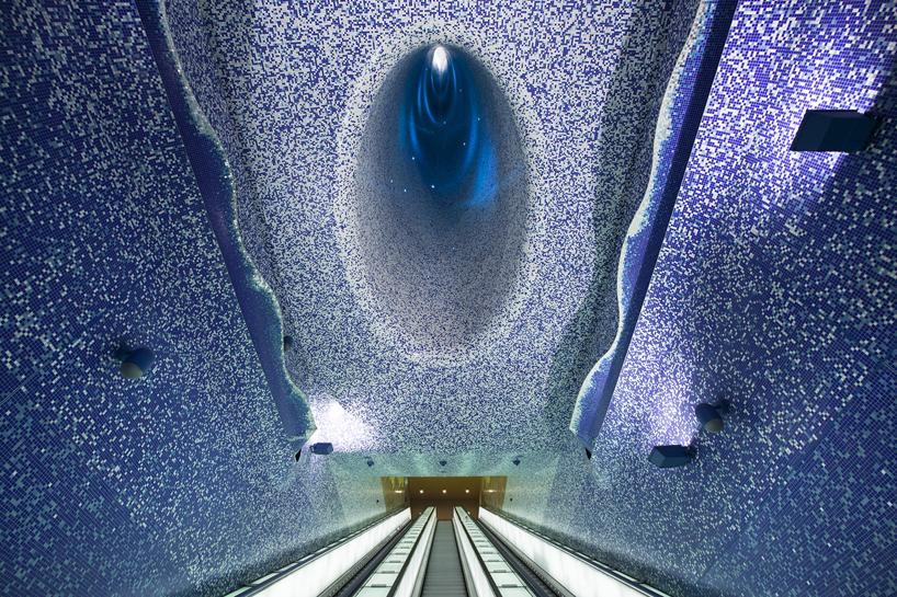 toledo metro station napoli_01