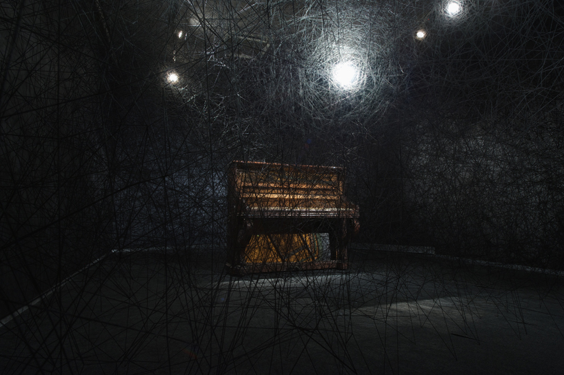 chiharu shiota synchronizing strings and rhizomes_05