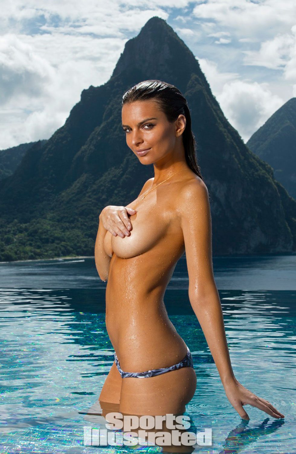 Emily-Ratajkowski-for-Sports-Illustrated-Swimsuit-Edition-2014_02