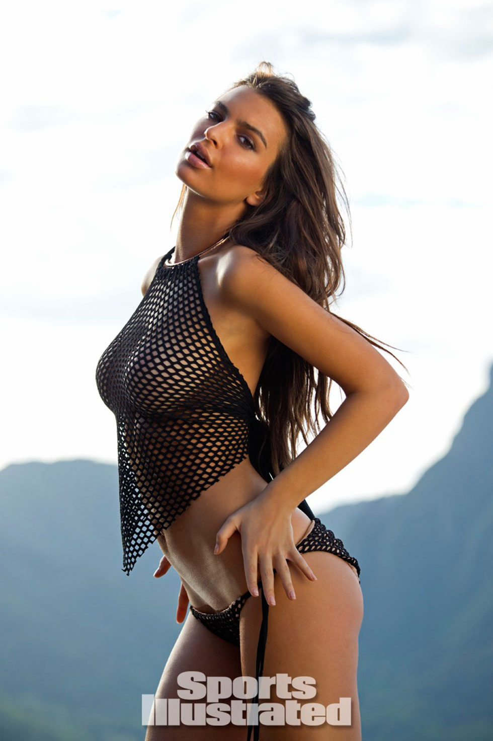 Emily-Ratajkowski-for-Sports-Illustrated-Swimsuit-Edition-2014_13