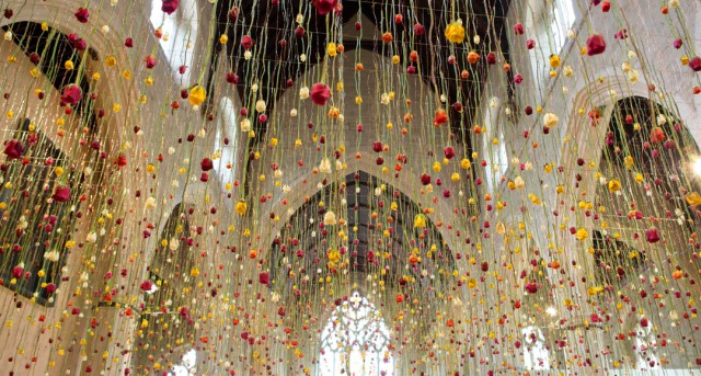 Rebecca Louise Law Suspended Floral Installations_01