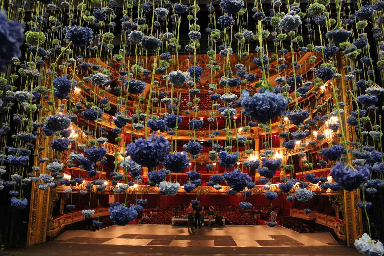 Rebecca Louise Law Suspended Floral Installations_13